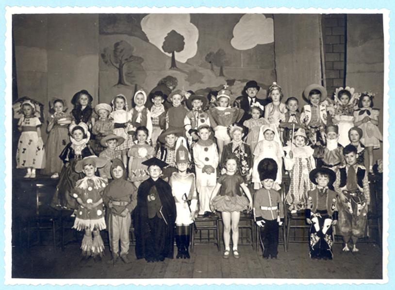 Amberley Fancy Dress Parade Easter 1953x.jpg